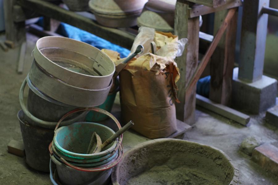 土作りの道具